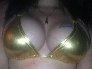 My wife in her new shiny bikini , ready for he do 2